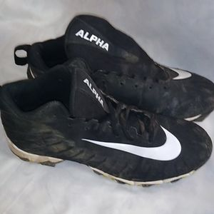 Nike Alpha Football Cleats Youth Size 6Y